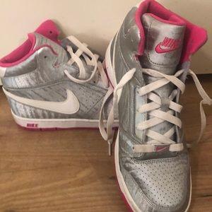 Nike Hightop Shoes
